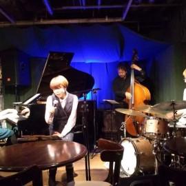 今岡友美&Dear Blues @ Swing でした